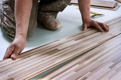 Pozor na kročejový hluk, zdroj: shutterstock.com