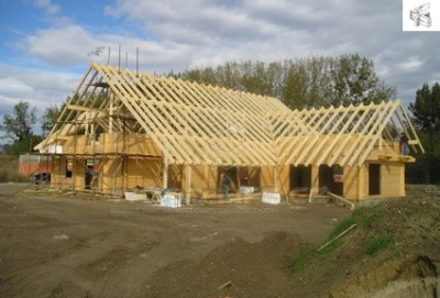 Stavba konstrukce domu, zdroj: woodlife.cz