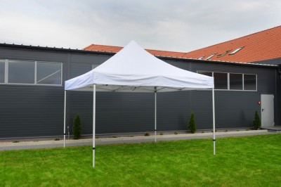 Jednoduchý zahradní stan, zdroj: galera.cz